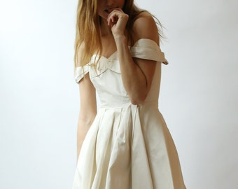 Sample SALE short silk tafetta dress