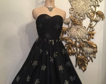 Fall sale 1950s dress party dress tulle dress sequin dress size medium vintage dress black dress full skirt dress