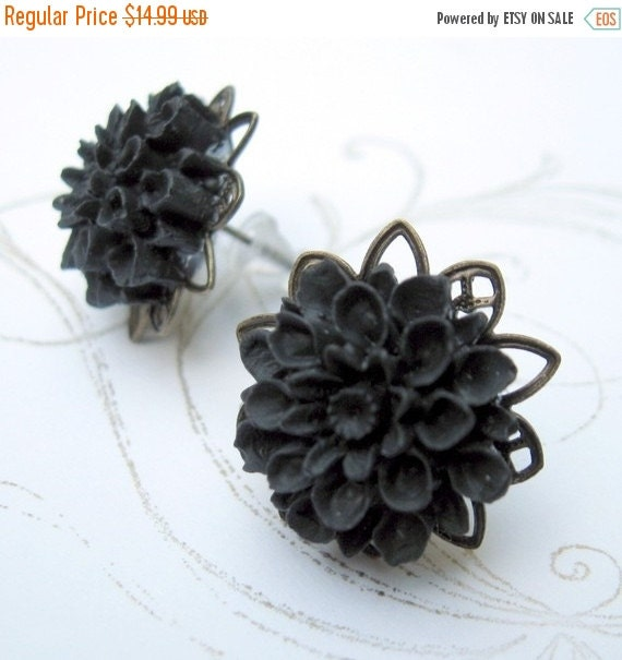 SALE 20% off Black Chrysanthemum Flower Earrings Shabby Chic Cottage Style Mothers Day Outdoor Wedding Garden, Gift for Her Jewelry