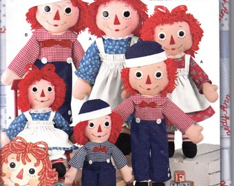 "Simplicity 8043 Classic Raggedy Ann Andy Dolls and Clothes Sewing Pattern 15"" 26"" 36"" NEW UNCUT"