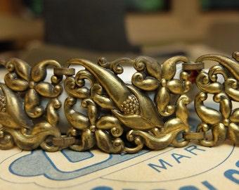 Vintage Metal Links Supply