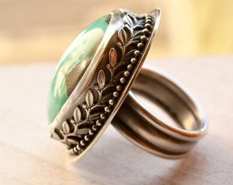 Turquoise Ring with Decorative Bezel Work, Stone Ring, Statement Ring, Modern Rustic Ring, Edgy Ring, Detailed Metalwork Ring,
