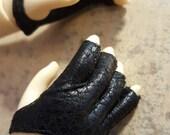 faux leather FINGERLESS GLOVES for bjd Volks sd13 delf sweet dolls