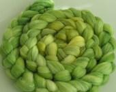 Rove Roving Top Fiber Merino SILK Bamboo Wool MEDUSA 50 25 25 PhatFiber November Spin Felt Nuno Craft Feature Green Blend Soft Lux 4 ounces