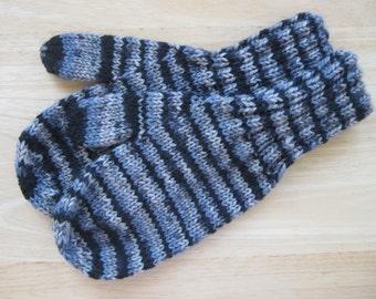 MITTENS HAND KNIT Adult Wool Black Gray Stripe