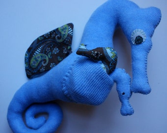 Reclaimed Cashmere Seymour Seahorse with 2 babies