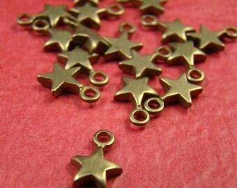 30% OFF SALE - 20pcs 10mm Antique Raw Brass Star Charm CWD303