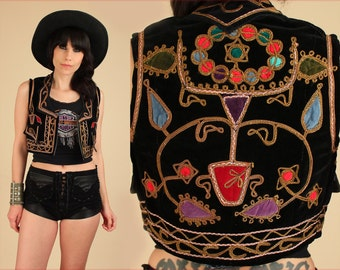 Black VELVET Embroidered VEST Bohemian Top // TRIBAL  60s 70s Rocker // Morrison Gypsy Hippie Boho Shirt Jacket // India Afghan S / M