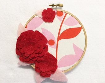 Fabric Wall Art, Embroidery Hoop Art, Red Petals, Nursery Decoration, Floral Wall Decor, Hoop Wall Hanging, Felt Flower Hoop