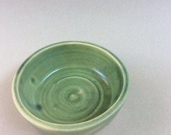 handmade /SMALL green bowl for prep work / trinkets/ soap dish / serving/ceramic/ pottery  D8