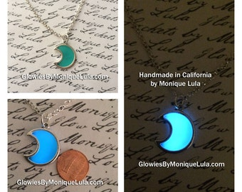 Glowing necklace,Silver Plated Moon Necklace,Glow Necklace,Glow In The Dark Necklace,Glow in the dark Jewelry,Glow Jewelry, Moon Glow, Magic