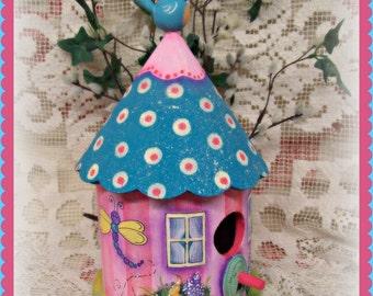 Apple Tree Cottage Original Design E Pattern - Cozy Spring BIrdhouse