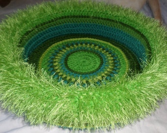 Duster's Hand Crocheted Cat Bed (no.1216)