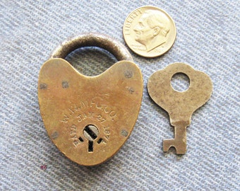 Railroad Padlock & Key W W Mfg Co William Wilcox Brass Heart Rivet Lock Antique Dated 1874 Hardware