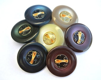 7 Vintage buttons, plastic buttons with enamel center trim buttons 34mm, 7 colors
