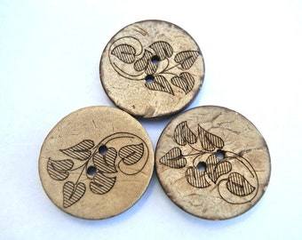 6 Buttons, coconut shell buttons with floral design 28mm