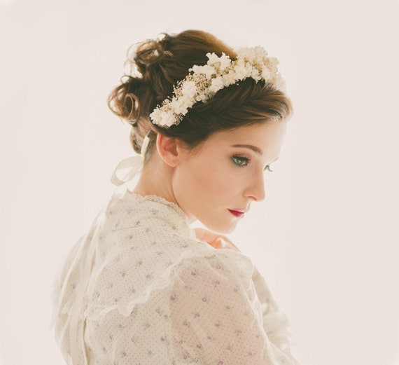 Baby's Breath flower crown, Bridal flower headpiece, Ivory floral hair crown, Whimsical wedding head piece - FLORAL LACE