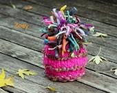 NEWBORN Photography Prop - Baby Knit Hat - Twin Prop - PeachPoshPolkadots - Photo 1 - Handspun yarn