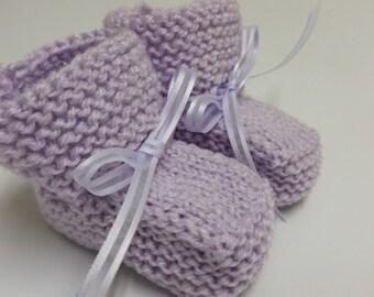 Baby Girl Booties, Hand Knitted Booties, Newborn Booties, Baby Girl Lavender 0 to 3 months Booties, Lavender Booties, Infant Booties