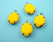 Vintage Tropical yellow Faceted Oval Glass Stone Charms 1 loop 12x10 1 Ring brass ox setting 4 Pieces