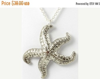 ON SALE Vintage Silver Starfish Necklace
