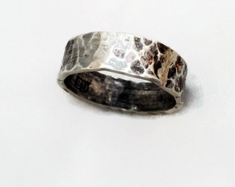 Mans silver ring