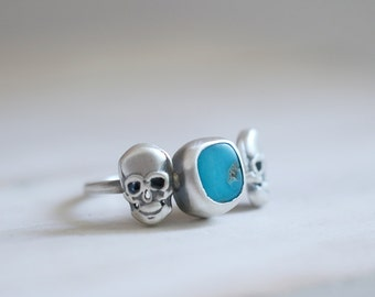 Skulls ring. Sterling silver Skull ring with Turquoise. Turquoise ring, Skull band, Skeleton, Steampunk, gothic style, statement ring.
