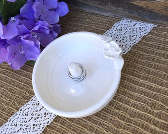 Ring Holder with Flower Appliqué, Creamy Natural White Wedding Ring Holder, Engagement Gift, Ring Bowl, Ceramic, Ring Bowl, Ready to Ship