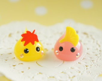 2 pcs  Silicone Drop chan Charm (18mm H16mm) Maple and Ginkgo AZ279
