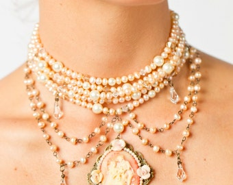 Blush Cameo Choker with freshwater peals