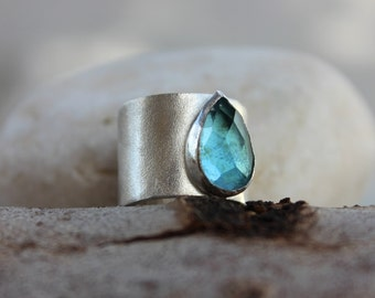 Blue Topaz ring, Blue ring, drop shape faceted topaz,  statement ring, Wide band Gemstone ring, Rectangle gemstone ring
