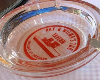 VINTAGE GLASS ASHTRAY, advertising, smoking collectible, display, Tug Tavern