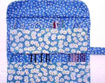 Blue Floral Circular Knitting Needle Roll Up, Daisies Crochet Hook Holder, DPN Double Pointed Needle Organizer, Artist Brushes Storage