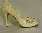 Sparkly High Heel  Wedding shoes... Vintage Lace Bridal Shoes .. Swarovski crystal and pear embellishments... Free Shipping within the USA