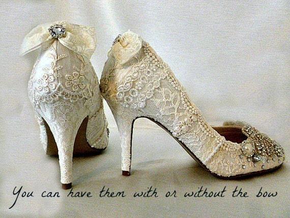 Lace Wedding Shoes .. Vintage Lace Wedding Shoes .. Lacy Wedding Heels.. Bridal Shoes .. Sparkling Lace Bridal Heels . Fantasy Bridal Shoes