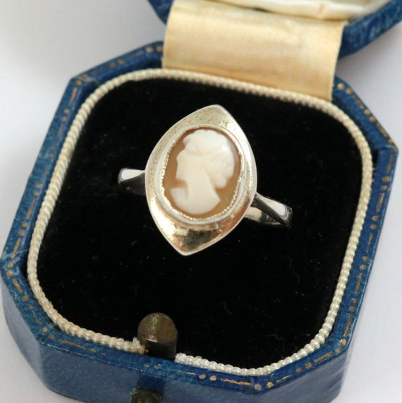 Vintage Art Deco Shell Cameo Ring, Sterling Silver
