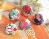 Red Pink Purple Japanese Floral Flower Blossom Fabric Covered Buttons Fridge Magnets, Flat Backs, 1 Inches 5's