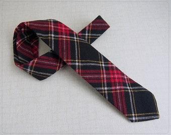 Vintage Wool Blend Clan TARTAN PLAID tie by GATES Scituate Harbor FiNE