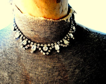Bridal vintage 50s clear rhinestones and aurora borealis , art deco style, choker necklace.