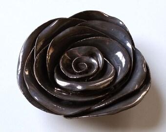 Bronze Rose Wall Flower