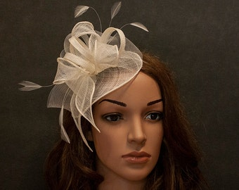 White fascinator hat for the weddings, church, races, anniversaries etc-New style cute fascinator in my shop