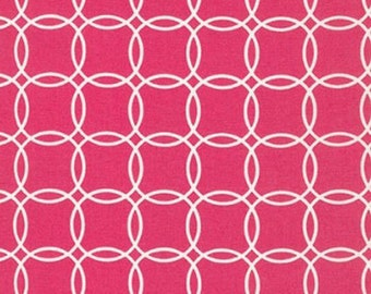 Fat Quarter - Metro Living Interlocking Circles Robert Kaufman Fabrics SRK-15081-108 FUCHSIA