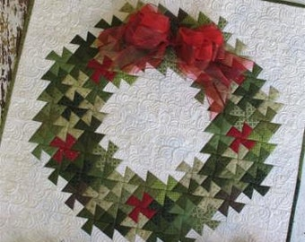 PATTERN TWISTER CHRISTMAS Holiday Wreath Pinwheel Wreath Quilt Wall Hanging   We combine shipping