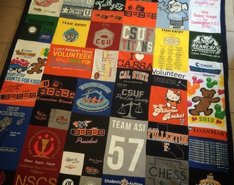 T-shirt Memory Blanket with Border - College Themed