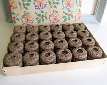 Vintage Crochet Cotton Thread DMC Pearl Taupe Color 24 Spools Number 8, 100 Yards Made In France