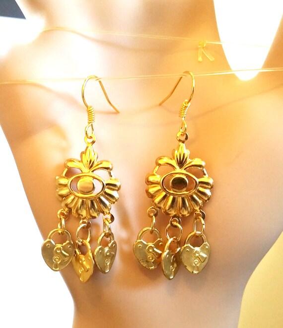 gold heart padlock chandelier earrings, gold earrings, flower charms steampunk earrings handmade jewelry gold metal #jewls2014