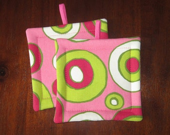 NEW Pot holder set | Funky retro | Pink and green | Concentric circles | Hot pads | Oven cloth | Fabric potholders - Made to order