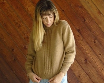 extra 25% off SALE ... Soft Brown Cable Knit Pullover Sweater - Vintage 80s - XS