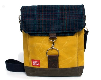 Waxed Canvas Satchel / Schoolhouse Vintage Wool and Oiled Leather Messenger