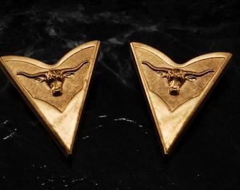 Vintage Collar Tips Western Bull Head Motif Pair Brass Metal Screw Back Made in USA